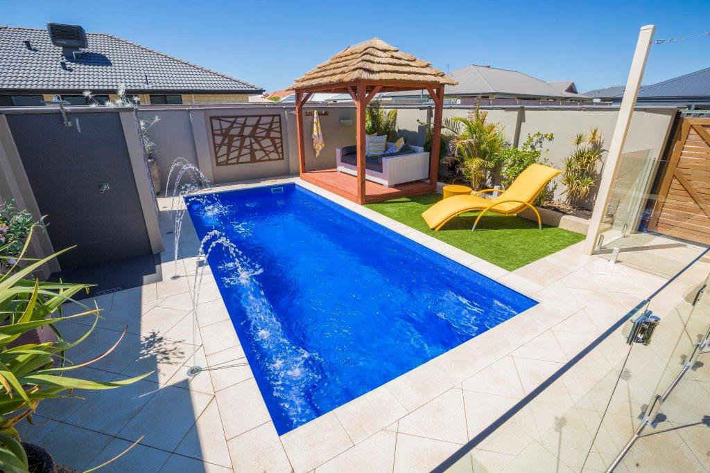 Vinyl vs Concrete vs Fibreglass Pools - Inground pool