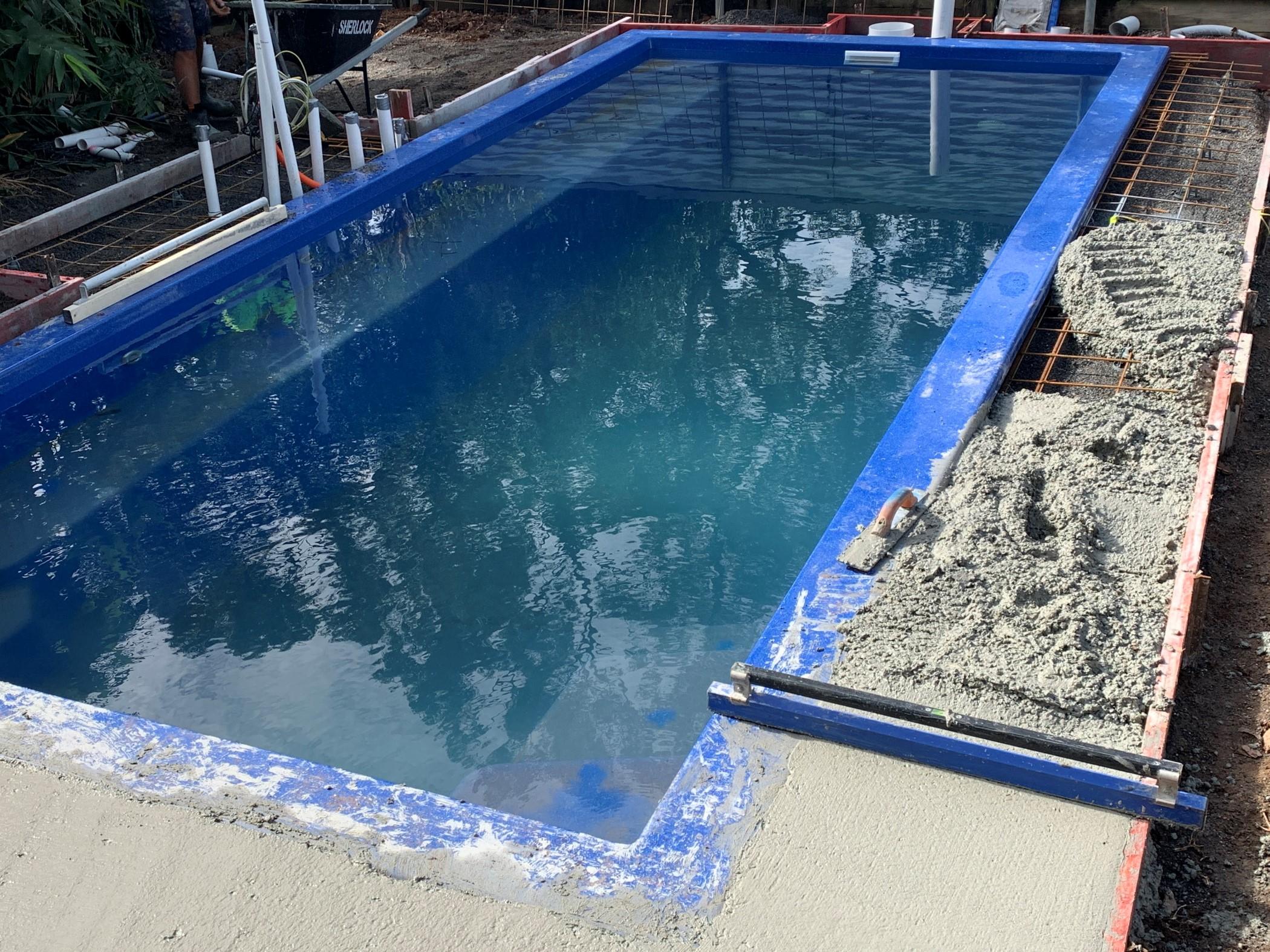 Vinyl vs Concrete vs Fibreglass Pools - Pool Installation