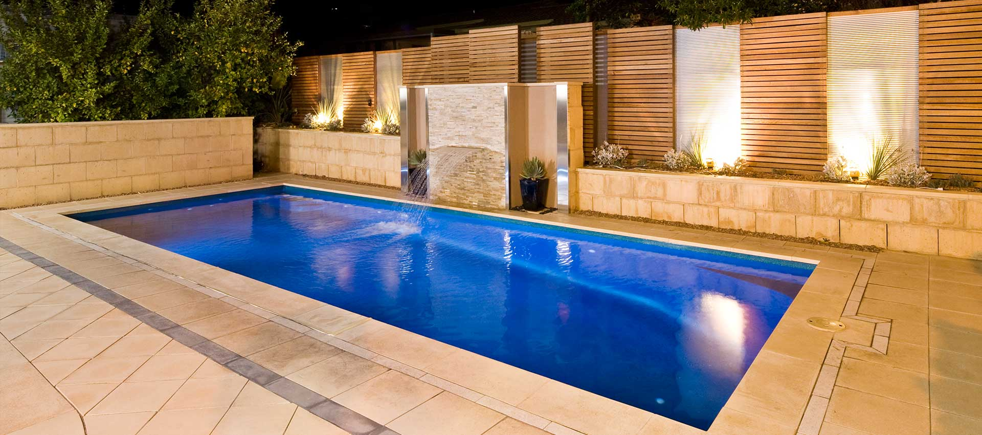 Daintree 8m with water feature
